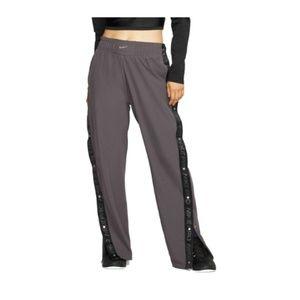 Nike Women Pro Tear Away Pants snaps along sides